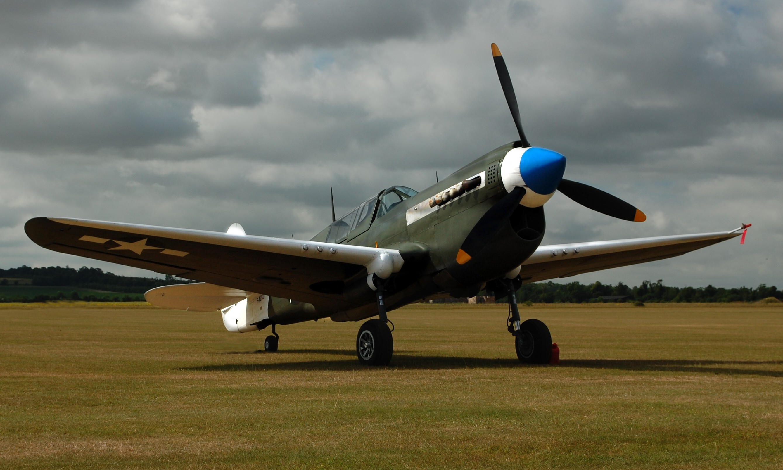 Curtiss P40 42-105915